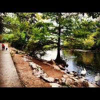 10/16/2012にSallyがLady Bird Lake Trailで撮った写真