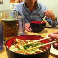 Das Foto wurde bei Yakyudori Yakitori & Ramen von Kayla C. am 4/20/2013 aufgenommen