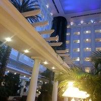 รูปภาพถ่ายที่ Rixos President Astana โดย Эльбрус И. เมื่อ 12/22/2012