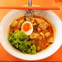 10/1/2014 tarihinde : Pziyaretçi tarafından รวยแซ่บ ก๋วยเตี๋ยวต้มยำไข่หวาน'de çekilen fotoğraf