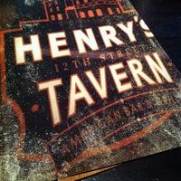 Das Foto wurde bei Henry's 12th Street Tavern von Diana L. am 11/9/2012 aufgenommen