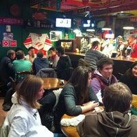 Foto diambil di SMall Pub oleh Roman P. pada 11/20/2012
