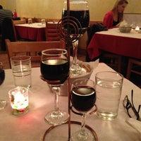Foto diambil di Andies Restaurant oleh Iana T. pada 3/21/2013