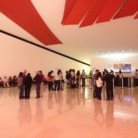 3/15/2013にLeonardo R.がAuditório Ibirapuera Oscar Niemeyerで撮った写真