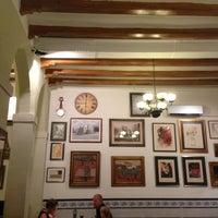 รูปภาพถ่ายที่ Pitarra โดย Roman N. เมื่อ 7/15/2013