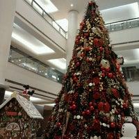 11/28/2012 tarihinde Ruthlianita F.ziyaretçi tarafından Plaza Indonesia'de çekilen fotoğraf