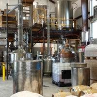 รูปภาพถ่ายที่ Vermont Spirits Distillery โดย John M. เมื่อ 4/21/2014