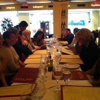 6/5/2013에 Heather Y.님이 Kellari Taverna에서 찍은 사진