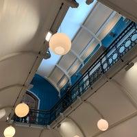Photo prise au Royal Albert Memorial Museum & Art Gallery par Ross B. le2/17/2019