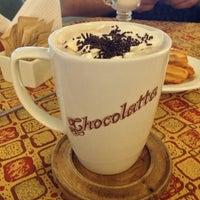Foto tomada en La Chocolatta Baeriswyl por Dn Ise F. el 2/20/2013