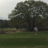 Photo prise au Bobby Jones Golf Course par Jackie B. le3/18/2016