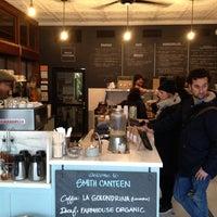 12/22/2012 tarihinde Benjamin P.ziyaretçi tarafından Smith Canteen'de çekilen fotoğraf