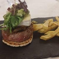 Foto tirada no(a) Restaurante Hierbabuena por Good food B. em 9/25/2017