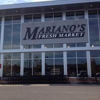 Photo prise au Mariano's Fresh Market par Esra K. le10/11/2013