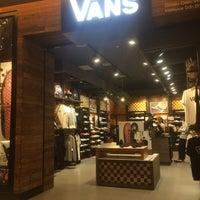 Vans - Shoe Store