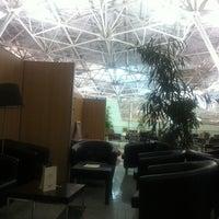 Снимок сделан в VIP Lounge пользователем Иван И. 10/20/2013
