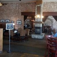 Foto diambil di Eagle Street Grille oleh Beth K. pada 6/23/2013