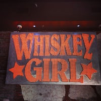 Foto tirada no(a) Whiskey Girl por Ryan A. em 7/20/2013