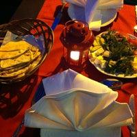 Das Foto wurde bei Kish Restaurant von Jenny am 7/26/2013 aufgenommen