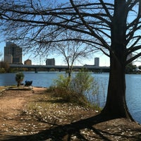 1/10/2013にTiffany S.がLady Bird Lake Trailで撮った写真