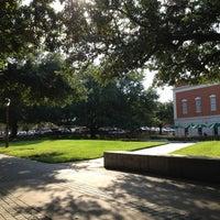 Das Foto wurde bei Bill Daniel Student Center von Joshua S. am 9/18/2012 aufgenommen
