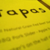 Das Foto wurde bei Oola Restaurant & Bar von Rich V. am 1/6/2013 aufgenommen