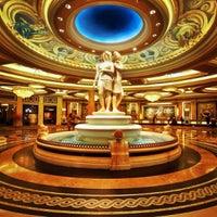 6/22/2013에 Neil A.님이 Caesars Palace Hotel & Casino에서 찍은 사진