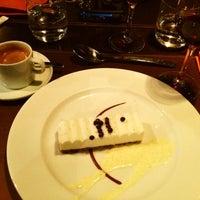 Foto tirada no(a) Restaurant 58 Tour Eiffel por Baltazar em 10/31/2012