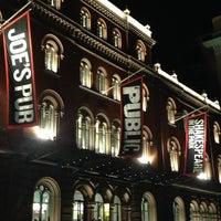 Das Foto wurde bei The Public Theater von Ruben F. am 11/16/2012 aufgenommen