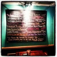 Снимок сделан в Coleman Public House Restaurant & Tap Room пользователем Robert D. 2/22/2013