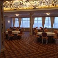 Das Foto wurde bei The Official State Hermitage Hotel von Владимир Е. am 11/6/2013 aufgenommen