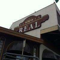 Foto tirada no(a) Padaria Real por Wilson I. em 12/6/2012