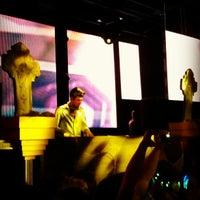 Foto tomada en Foundation Nightclub por Zach el 10/28/2012