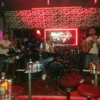 Foto tirada no(a) Escape por Escape Pub&Club I. em 4/26/2013