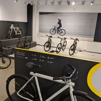 VANMOOF HQ - Office in Oosterparkbuurt