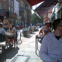 Снимок сделан в Cafe Kick пользователем David A. 9/15/2012