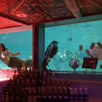 รูปภาพถ่ายที่ Sip 'n Dip Lounge โดย Luis A. เมื่อ 2/19/2014