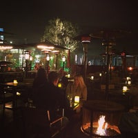 Foto tirada no(a) Sonoma Wine Garden por Chris L. em 3/7/2013