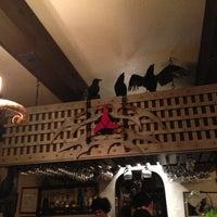3/5/2013 tarihinde Theo A.ziyaretçi tarafından Storm Crow Tavern'de çekilen fotoğraf