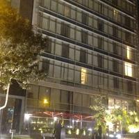 รูปภาพถ่ายที่ Hilton โดย Alfredo C. เมื่อ 5/4/2013