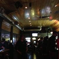 5/19/2013에 ashley l.님이 Tanker Bar에서 찍은 사진