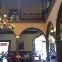 Foto tirada no(a) Restaurante La Posada Del Virrey por Javier V. em 4/27/2013