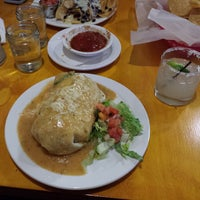 Foto diambil di La Luz Mexican Grill oleh Reid G. pada 11/6/2013