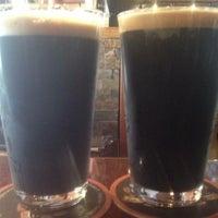 Foto scattata a Belching Beaver Brewery Tasting Room da Troy C. il 6/22/2013