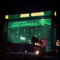 Foto scattata a MGM Grand Hotel & Casino da Maria S. il 12/21/2012