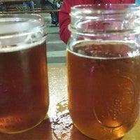 Das Foto wurde bei Bootlegger's Brewery von James C. am 10/26/2013 aufgenommen