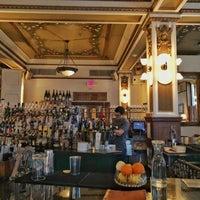 Foto tirada no(a) Public Services Wine & Whiskey por Shelby H. em 10/23/2018