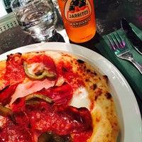 Foto scattata a Daddy Greens Pizzabar da Pasi il 8/9/2017