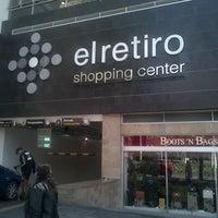 Снимок сделан в Centro Comercial El Retiro пользователем Ricardo B. 1/30/2013
