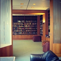 UCSF - Library (Parnassus) - College Library in San Francisco